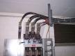 NV-Trafobrücken an Verteilung von oben mit Kabelpritsche
